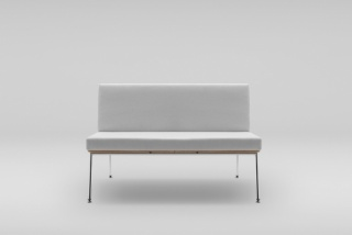 FIN 2 sofa, metal base